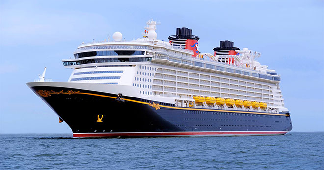 Disney Dream, Disney Cruise Line. SoloCruceros.com