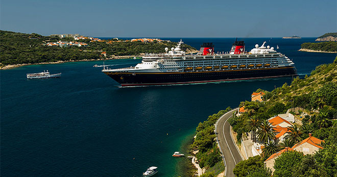 Disney Magic, Disney Cruise Line. SoloCruceros.com